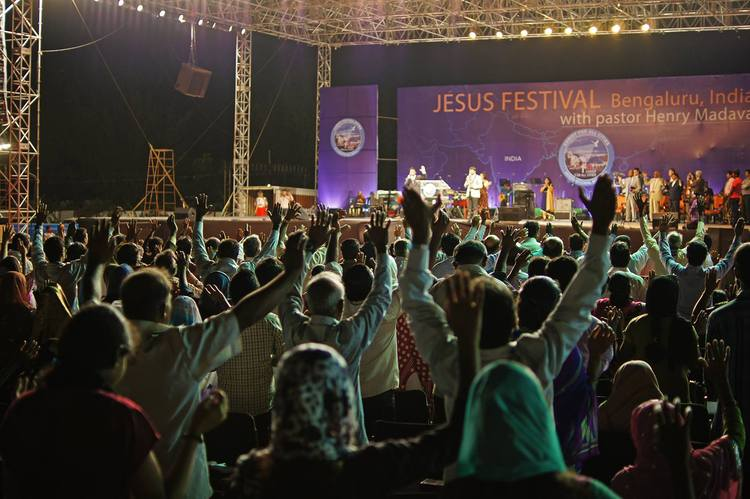 Start of the third Jesus Festival organized by the Christ for All Cities Ministries and pastor Henry Madava in India.