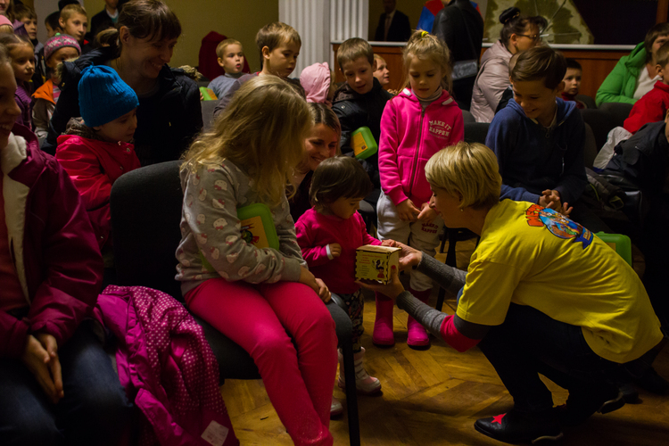 """Служение """"Планета Д"""" провела интересную и занимательную программу для детей."""